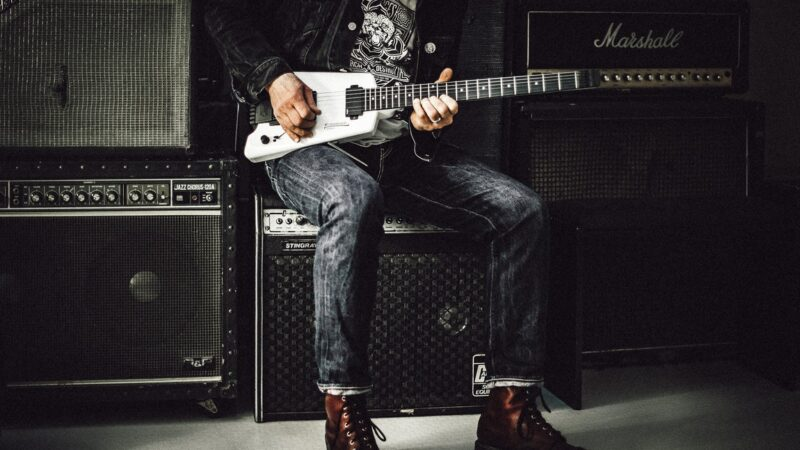 Make Great Music When You Play With The Best Guitar Amps